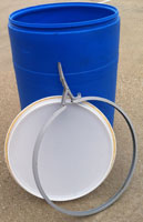 55 gallon open top poly barrels with lid & ring (side latch or bolt ring)